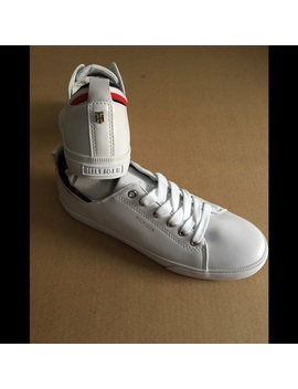 SneakersNwt by Tommy Hilfiger