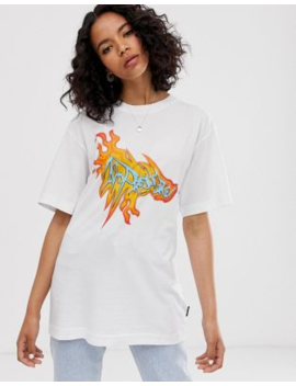 Cheap Monday – T Shirt Aus Bio Baumwolle Mit Flammen Grafik by Asos