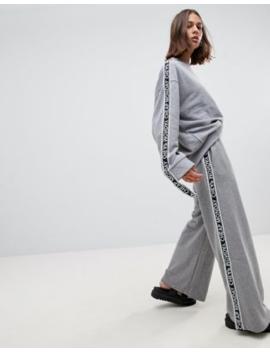 Cheap Monday – Margin – Weitgeschnittene Jogginghose Mit Seitenstreifen by Asos