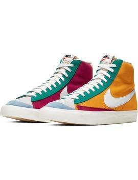 Blazer Mid '77 Vintage We Suede Sneaker by Nike