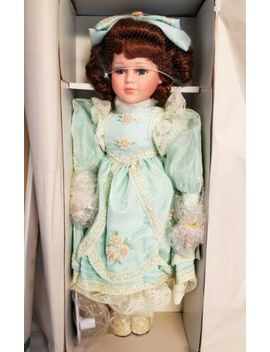 """Court Of Dolls Erin 22"""" Porcelain By Jenny Red   Brown Hair Green Dress Irish by Ebay Seller"""
