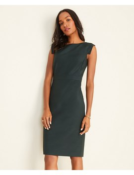 The Petite Boatneck Dress In Green by Ann Taylor