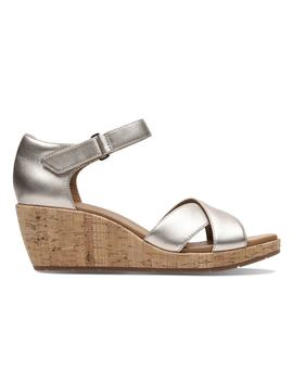 Un Plaza Cross Leather Wedge Sandals by Clarks