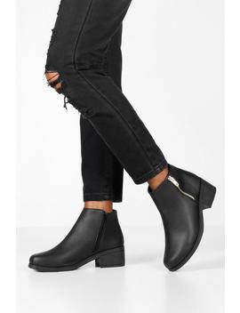 Zip Side Block Heel Chelsea Boots by Boohoo