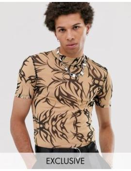 Collusion   T Shirt A Maniche Corte In Rete Con Stampa Tatuaggio by Collusion