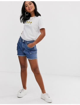 New Look Petite Sunflower Tee In White by New Look