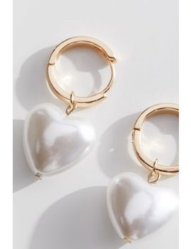 Cici Pearl Heart Statement Earring by Urban Outfitters