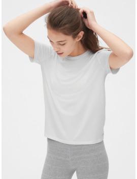 Gap Fit Breathe Wrap Back Crewneck T Shirt by Gap