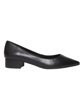 Bais Black Leather Heeled Shoes by Steve Madden