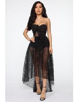 Make A Move Lace Midi Dress   Black by Fashion Nova