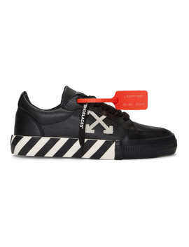 Black & White Low Vulcanized Sneakers by Off White