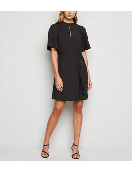 Black Keyhole Belted Tunic Dress by New Look