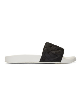Black & White Chain Pool Slides by Versace