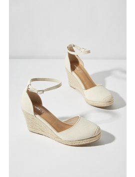 Florence Closed Toe Wedge by Cotton On