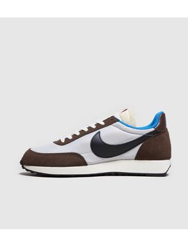 Nike Tailwind 79 by Nike