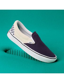 Distort Comfycush Slip On Shoes by Vans