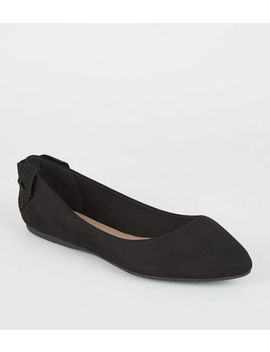 Wide Fit Black Suedette Bow Heel Pumps by New Look