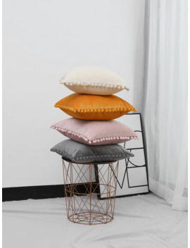Pom Pom Decor Solid Cushion Cover 1pc by Romwe