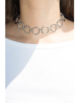 Silver Circle Chain Choker by Brandy Melville