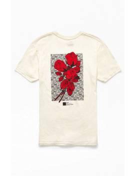Lira Orlina T Shirt by Pacsun