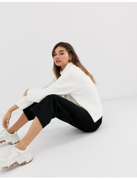 Monki – Gerippter Oversize Pullover Mit Rollkragen In Gebrochenem Weiß by Asos