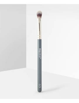 0.3 My Fluffy Concealer Brush by Mykitco.