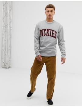 Dickies   Fredricksburg   Sweat Shirt Imprimé Style Universitaire   Gris by Dickies