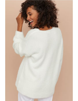 Pull En Maille Duveteuse by H&M