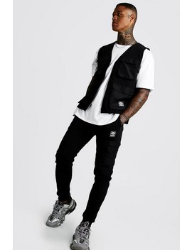 Utility Vest & Jogger Set With Woven Man Tab by Boohoo Man