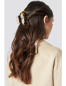 Big Resin Look Hairclip Brun by Na Kd Accessories