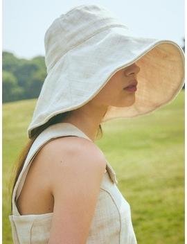 Bucket Hat Ivory by Lartigent