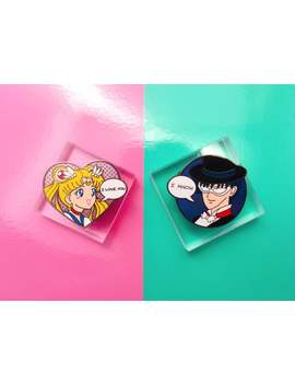 Moonie Love Pin Set by Etsy