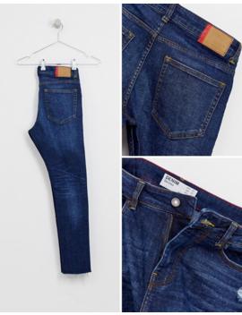 Bershka – Join Life – Superenge Skinny Jeans In Dunkelblau Mit Zierrissen Am Knie Und Abnutzungen by Asos