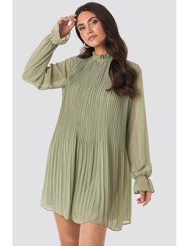 Mini Pleated Dress Green by Na Kd