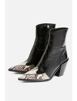 Howdie Leather High Ankle Boots by Topshop