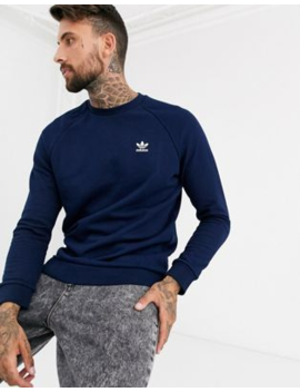 Adidas Originals – Sweatshirt Mit Kleiner Logostickerei In Marine by Asos