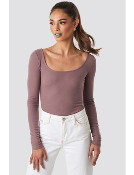 Deep Round Neck Ribbed Top Rosa by Na Kd