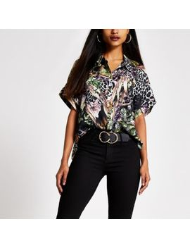 Petite Black Printed Short Sleeve Shirt by River Island