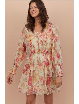 Šifónové šaty SVýstrihom by H&M
