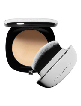 Accomplice Instant Blurring Beauty Powder by Marc Jacobs Beauty