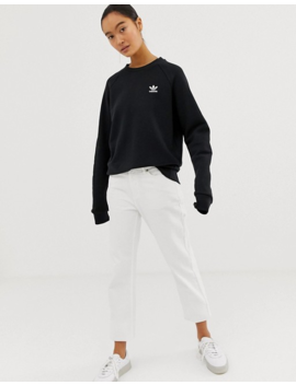 Adidas Originals   Essential   Sweater Met Ronde Hals In Zwart by Adidas