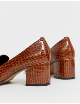 Asos Design   Stirrup   Loafers Met Hak En Krokodillenmotief by Asos Design