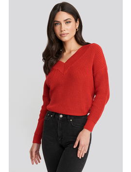 V Neck Wide Rib Knitted Sweater Rot by Na Kd