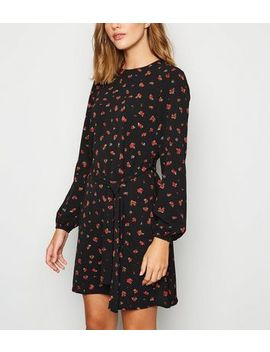 Black Floral Rose Belted Tunic Dress by New Look