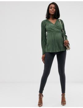 Asos Design Maternity – Plissiertes Wickel Oberteil Mit Seitlicher Schnürung In Khaki by Asos