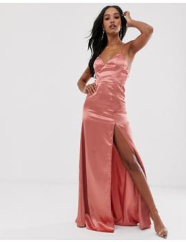 Vestido Largo Con Parte Delantera Escotada De Satén Y Abertura Alta En El Muslo En Rosa Té De Club L London by Club L
