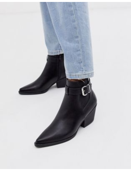 New Look Buckle Detail Heeled Chelsea Boots In Black by New Look