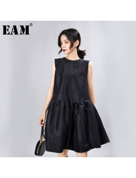 [Eam] 2019 New Spring Summer Round Neck Sleeveless Black Loose Pleated Split Joint Temperament Dress Women Fashion Tide Jx337 by Ali Express