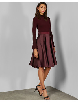 Kleid Mit Gerüschtem Ausschnitt Und Weitem Rock by Ted Baker