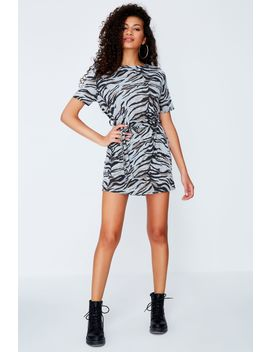 Grey Brushed Tiger Belted Shift Dress by Select